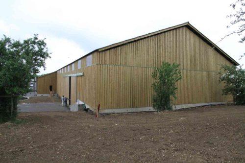 bâtiment de séchage en grange en charpente bois lamellé collé